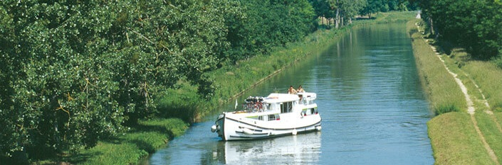 Riverboat on a canal in Picardie