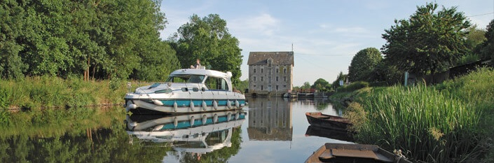 Riverboat slowly sailing in Anjou