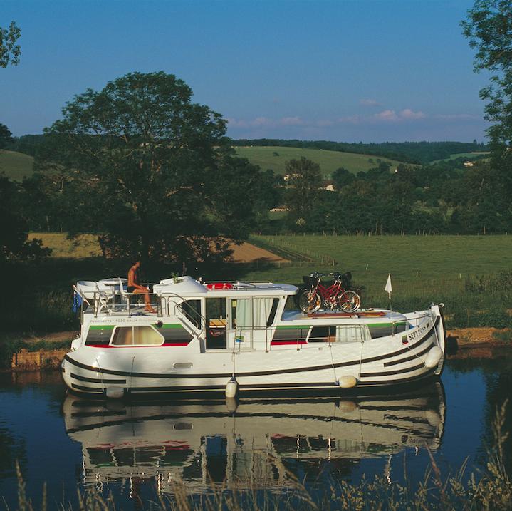 Corbigny (Locaboat)